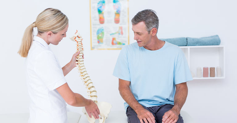 Why Do Chiropractors Not Prescribe Medication?